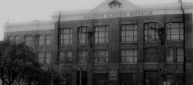 ragged school ghost hunt