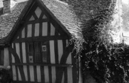 The Ancient Ram Inn – Vigils & Seance £68 – 8th December