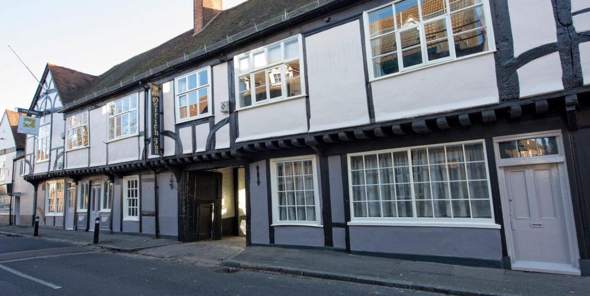 Ye Olde Ostrich Inn NEW YEAR DINNER & Ghost Hunt – £79
