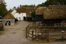 Manor Farm Ghost Hunt – £45 (VIP £40.50)