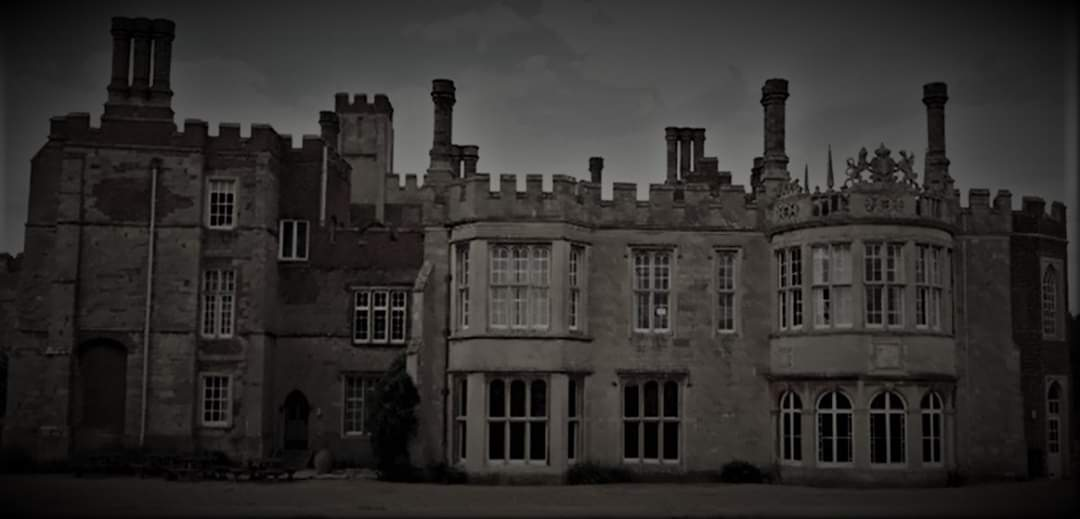 Hinchingbrooke House Ghost Hunt – £59  (VIP £53.10)  28/03/20